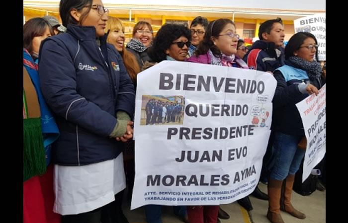 Evo Morales entrega unidad educativa 'Hacia el Mar'