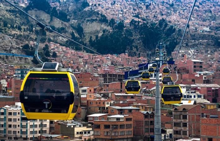 Mi teleférico transporta millones de pasajeros en Bolivia. Foto: ABI