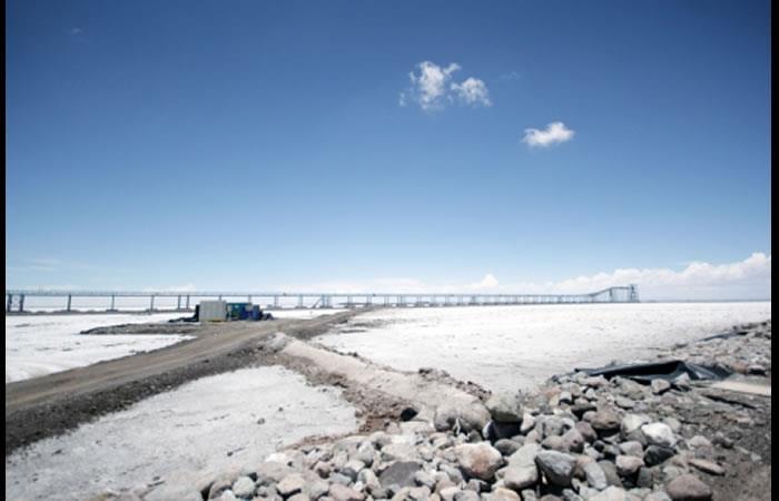 Bolivia podría ser declarada como la mayor reserva de litio del mundo. Foto: ABI