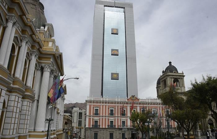 Gobierno deja atrás el Palacio
