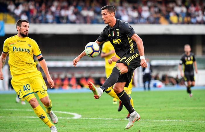 Cristiano Ronaldo debuta sin goles en la Liga italiana, pero celebra con la Juventus