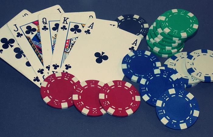 Los jugadores de casino por internet pueden acceder a todas las áreas del Casino 24VIP. Foto: Pixabay