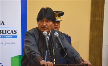 Chile acusa a Morales de afectar las relaciones tras demanda por Silala