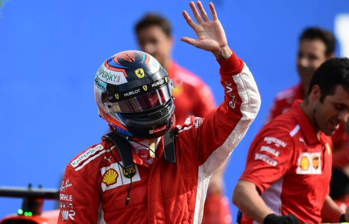 Kimi Raikkonen festeja su pole position en Monza. Foto: AFP