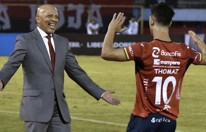 Royal Pari, es líder del Torneo Clausura. Foto: AFP