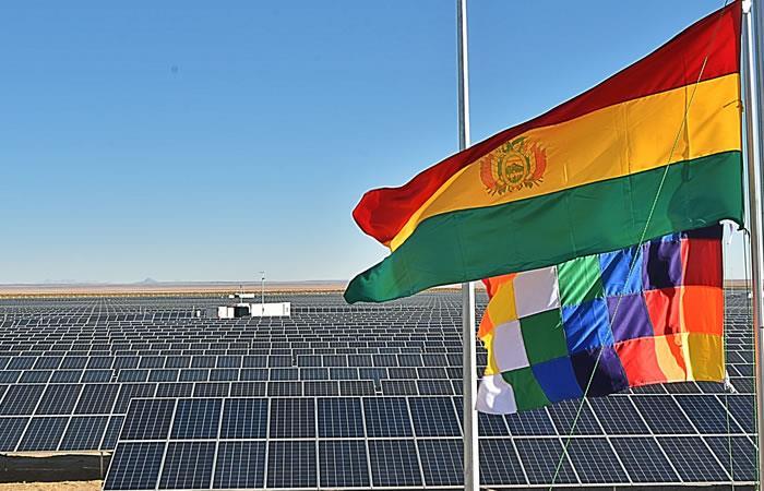La planta fotovoltaica se construyó en la región de Uyuni. Foto: ABI