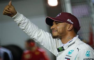 [VIDEO] Hamilton voló con su Mercedes y saldrá desde la 'pole' en Singapur
