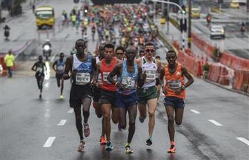 Maratón Medellín: Atleta de Kenia es atropellado en plena carrera