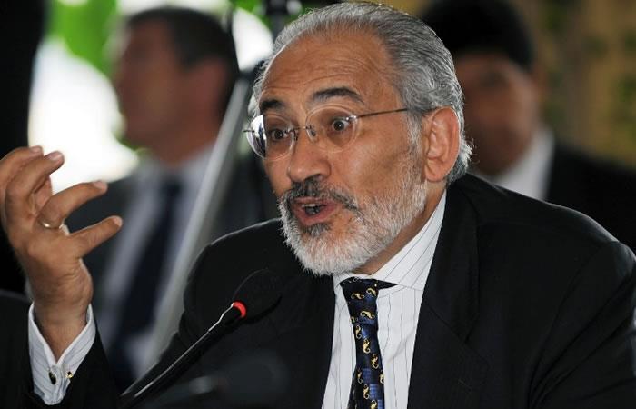 Carlos Mesa lanza su candidatura a la presidencia de Bolivia