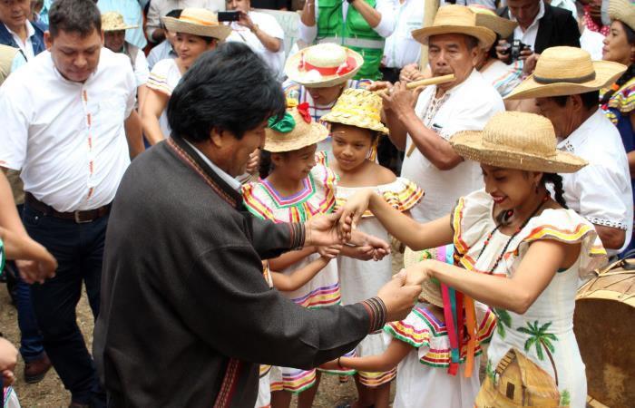 Bolivia celebrará 36 años de democracia con marchas