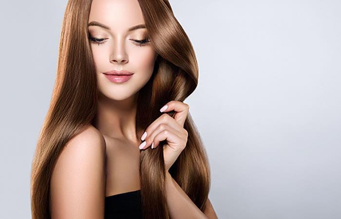 ¿Cómo alisar el cabello naturalmente y sin plancha?