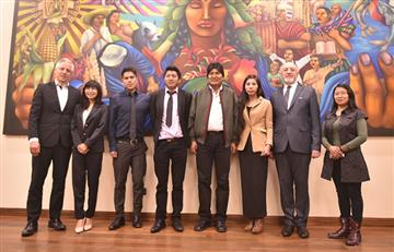 Bolivia beca a seis profesionales para que se especialicen en tecnología nuclear