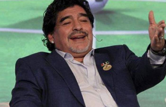 Maradona de nuevo arremete contra Messi y alienta a dejar de