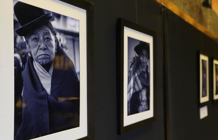 Muestra fotográfica busca homenajear lo humano de los paceños