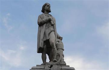 Estatua de Colón, atacada en La Paz ya está siendo restaurada