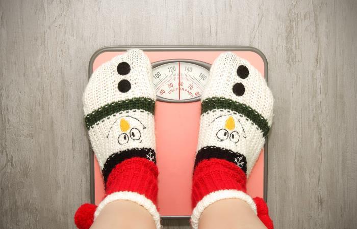 No hagas de la balanza tu 'enemiga' en esta Navidad. Fuente: Shutter Stock