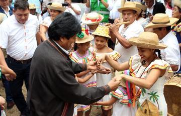 Organizaciones sociales apoyan la candidatura de Evo Morales
