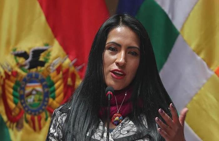 Ministra boliviana de Culturas y Turismo, Wilma Alanoca. Foto: EFE.