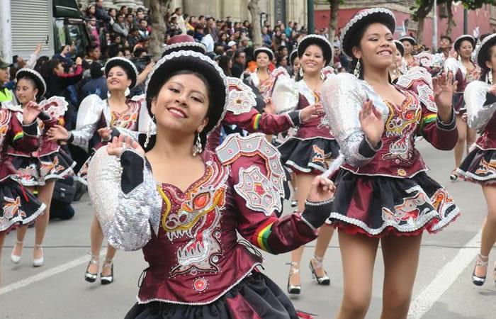 La danza típica de Bolivia que se bailó en el corazón de Flores