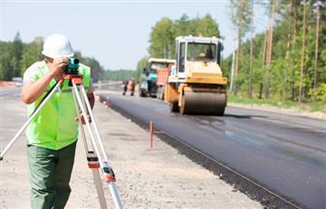 Se destinarán Bs 19 millones este año para mantenimiento de caminos en Cochabamba