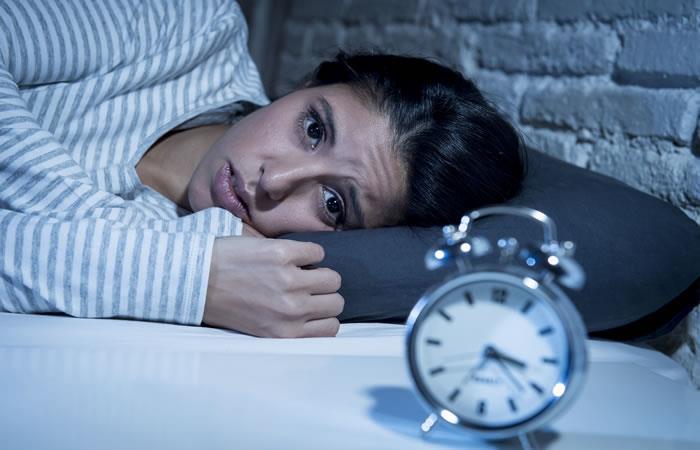 No dormir bien puede causar enfermedades cardiovasculares. Foto: Shutterstock.