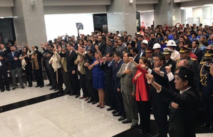 El mandatario boliviano da la bienvenida a su nuevo gabinete