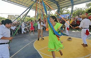Nuevo campo deportivo a la comunidad de Terebinto en Porongo