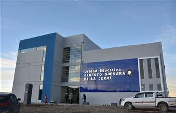 Evo Morales entrega nueva infraestructura educativa Ernesto Guevara en Oruro