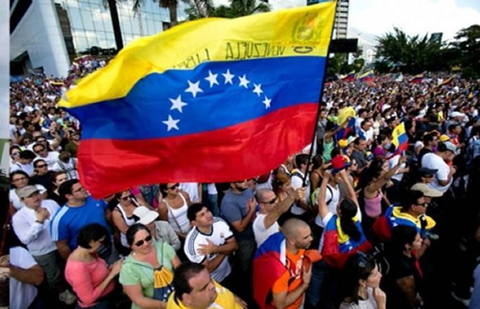 El presidente boliviano insiste en una solución pacífica para Venezuela