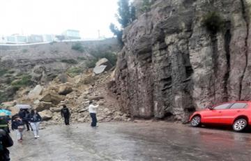 Derrumbe de magnitud obstruye la única vía que conecta la ciudad de La Paz con Mallasa
