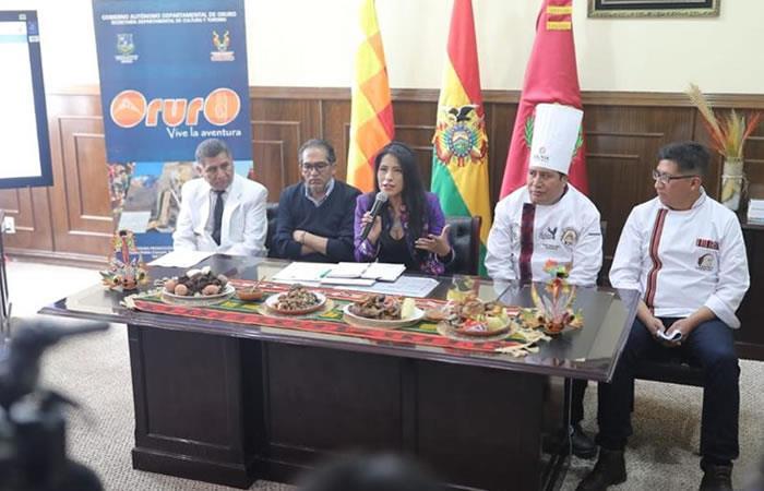 Presentación de los platos tradicionales favoritos de Oruro. Foto: Twitter