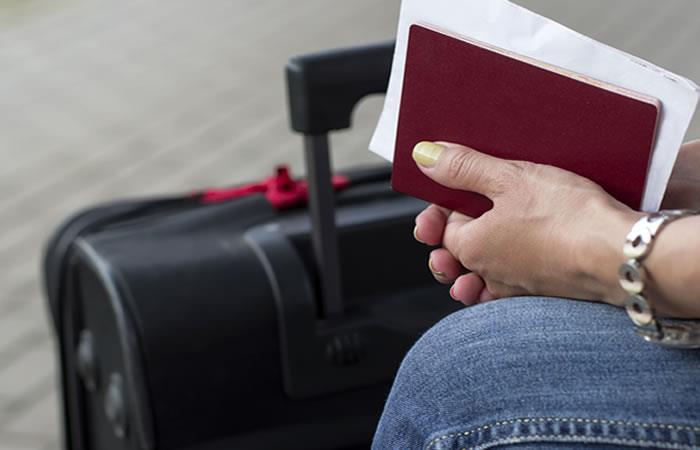 La decisión se tomó cumpliendo con  la Ley 370 de Migración. Foto: Shutterstock