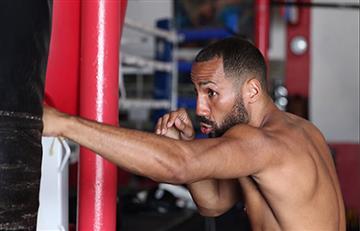 Excampeón mundial y olímpico del boxeo anuncia su retiro