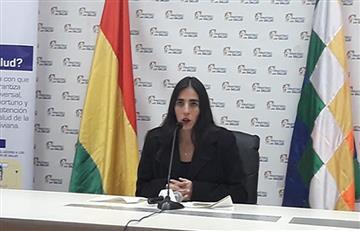 Ministra de Salud defiende aplicación del SUS