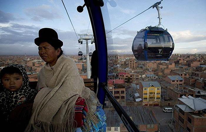 Bolivia estrena nueva línea del teleférico de La Paz. Foto: Twitter