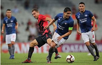 Wilstermann fue goleado por el Atlético Paranaense