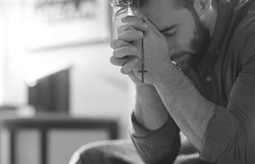 Rezar y orar son cosas totalmente diferentes