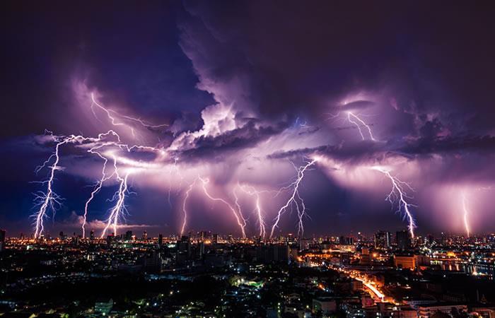 Descubre cuánta energía es liberada en un rayo. Foto: Shutterstock.