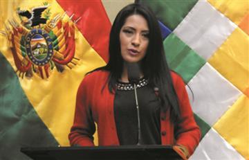 Ministra de Culturas espera que Piñera demuestre voluntad política para encarar etapa post Haya