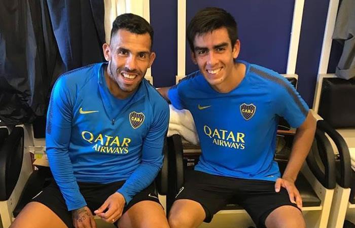 El futbolista Carlos Tévez junto a Sebastián Melgar durante un entrenamiento. Foto: Facebook Oficial Sebastian Melgar Parada