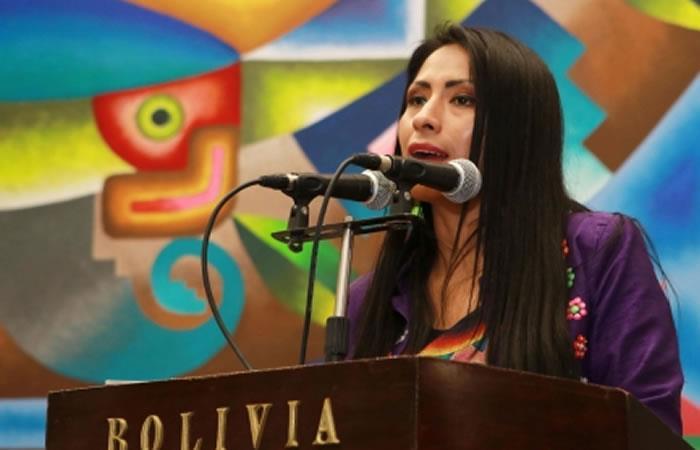 Ministra de Culturas y Turismo, Wilma Alanoca. Foto: ABI