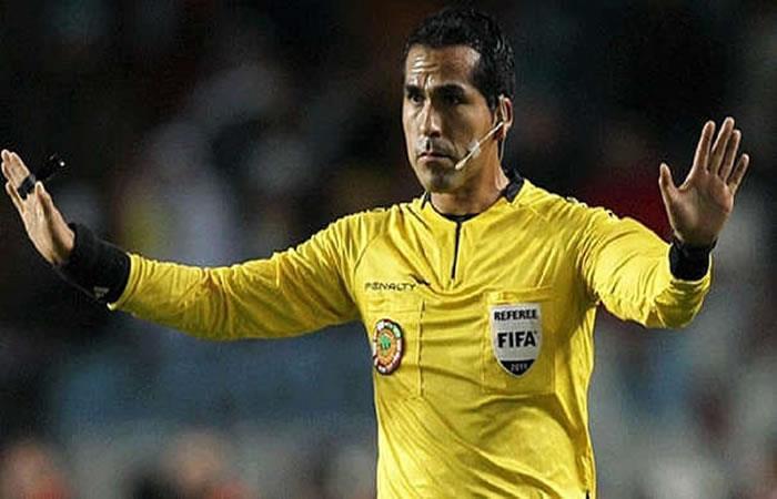 El árbitro boliviano Raúl Orozco. Foto: AFP