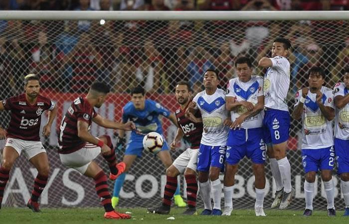 Incidencias del cotejo entre San José y Flamengo. Foto: AFP