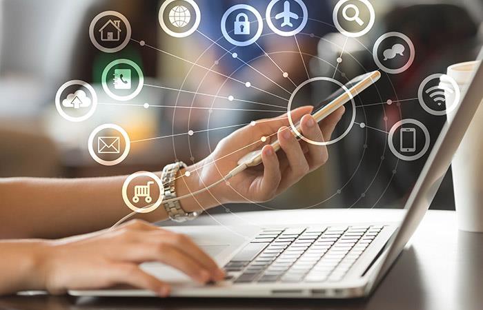 Poder hacer transacciones bancarias en internet es algo que ya hace años se ha implantado. Foto: Shutterstock