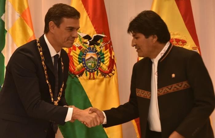 Morales saluda a Pedro Sánchez por su triunfo en las elecciones de España