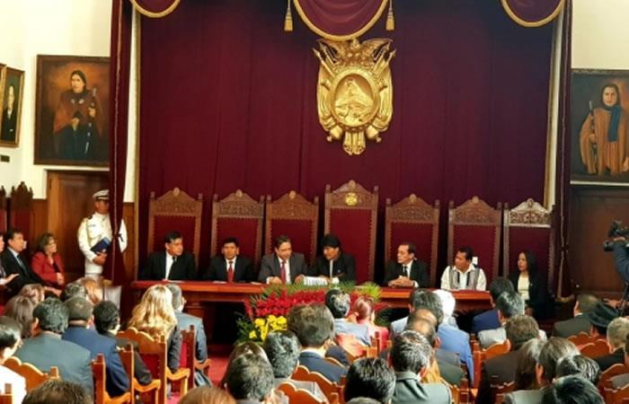 Morales promulga Ley de Abreviación Procesal Penal. Foto: ABI