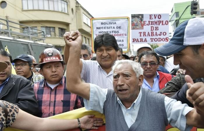 Morales llama a demostrar el