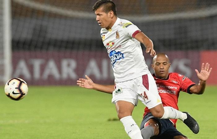 El Deportes Tolima venció este jueves al Wilstermann 2 por 0. Foto: Twitter @toledobarnada