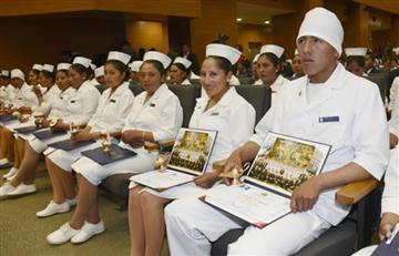 Felicitaciones por parte de Evo hacia las enfermeras y enfermeros de Bolivia