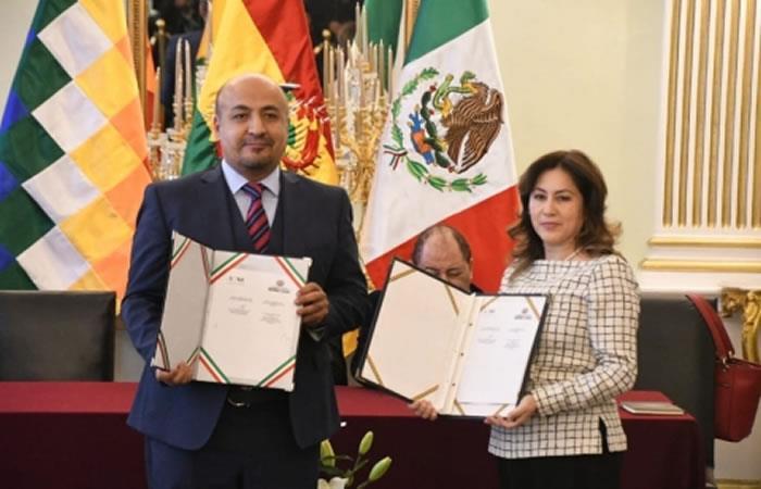 Firma de acuerdos entre Bolivia y México. Foto: ABI.